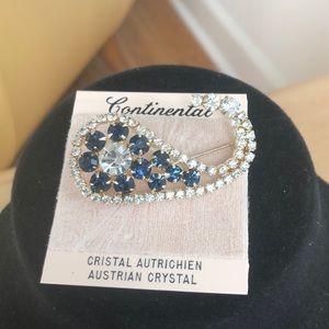 Vintage Rhinestone Continental Pin